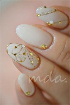 mda nails