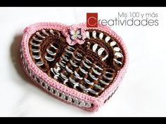 http://www.youtube.com/subscription_center?add_user=creatividades100    This is really easy to make and just in time for Valentine's day! Hope you like it.