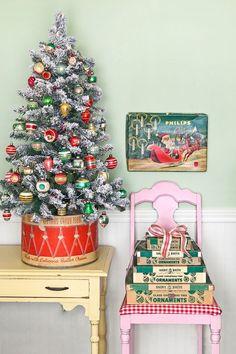 Adorable Mini Christmas Trees For Small Homes