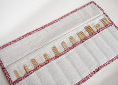 Knitting Needle Case DPN Holder Double Point by skrapyram