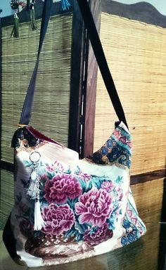 Bolso tela tapicería anti-manchas, base y correa larga de eco-cuero