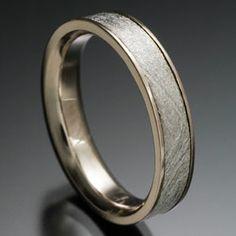 Chris Ploof - Sirius Meteorite Ring with narrow edges and flat profile in 18k palladium white gold. DVVS Fine Jewelry