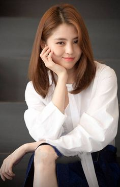 Korean Hair Color, Best Photo Poses, Korean Actresses, Asia Girl, Korean Beauty, Beautiful Actresses, Medium Hair Styles, Kpop Girls, Korean Girl
