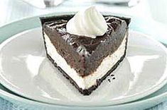 Chocolate Ribbon Pie, one of my favorite easy peasey recipes and also easy to make a light version and to change up the toppings, I like using Heath bar