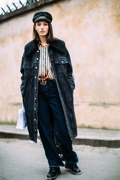 Gli Arcani Supremi (Vox clamantis in deserto - Gothian): Paris Fashion Week Fall 2018 street style Hipster Grunge, Grunge Goth, Street Style 2018, Model Street Style, Autumn Street Style, Street Style Looks, Tomboy Fashion, Streetwear Fashion, Girl Fashion