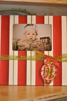 Christmas Photo Frames  www.preppyandpinknc.com