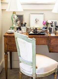 An antique vanity is dressed with family portraits and a pair of hand-painted table lamps. Home Interior Design, Interior Decorating, Antique Vanity, New Orleans Homes, French Country Bedrooms, Love Home, Furniture Arrangement, Eclectic Decor, Elle Decor