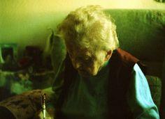 My Grandma in X-Pro <3 (c) Lomoherz.de, lomo