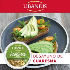 ¿Qué te parece ésta opción de desayuno? Toast con Veggie Hummus Alcachofa y aguacate.  #Libanius #ComamosMejor #VeggieHummus #ProteínaVegetal Hummus, Green Beans, Tacos, Mexican, Vegetables, Ethnic Recipes, Food, Artichokes, Avocado