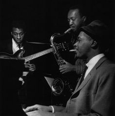 Grant Green, Hank Mobley and Wynton Kelly at Mobley's Workout session, Englewood Cliffs NJ, March 26 1961 (photo by Francis Wolff) Jazz Artists, Jazz Musicians, Music Artists, Wynton Kelly, Jackie Mclean, Francis Wolff, Jazz Lounge, Lounge Music, Jazz Cat