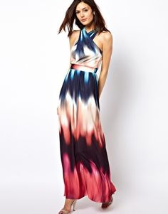 Such a cute maxi dress
