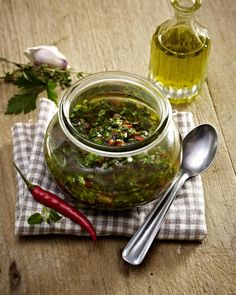 Our popular recipe for Chimichurri and over other free recipes LECKER. Flank Steak Tacos, Marinated Flank Steak, Steak Marinade Recipes, Flank Steak Recipes, Marinade Sauce, The Melting Pot, Spareribs, Fondue Recipes, Steak Butter