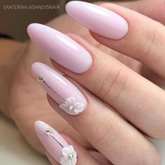 Do you want to try your hand at Build it yourself nail art however where do you begin? The very first thing you have to do is get some general nail art specific tools. Elegant Nails, Classy Nails, Stylish Nails, Cute Nails, Pretty Nails, Oval Nails, Pink Nails, My Nails, 3d Nail Art
