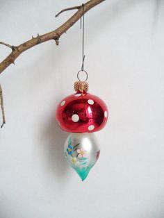 Items I Love by Maddisen on Etsy Polish Christmas, Old Christmas, Vintage Christmas Ornaments, Christmas Holidays, Christmas Bulbs, Christmas Decorations, Christmas Things, Pink Mushroom, Mushroom Decor