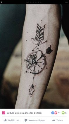 ▷ 1001 + unique and inspiring man tattoo designs - ArchZine FR - - ▷ 1001 + modèles de tatouage homme uniques et inspirants the most beautiful tattoos, how to choose the tattoo design, drawing compass with arrows - Mens Arrow Tattoo, Arrow Compass Tattoo, Compass Tattoo Design, Arrow Tattoo Design, Arrow Tattoos, Forearm Tattoos, Body Art Tattoos, Sleeve Tattoos, Mandala Compass Tattoo