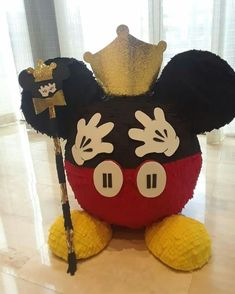 Mickey Mouse Pinata, Fiesta Mickey Mouse, Mickey Party, Mickey Minnie Mouse, 3 Year Old Birthday Party Boy, Mickey First Birthday, Baby 1st Birthday, Mickey And Friends, Mouse Parties