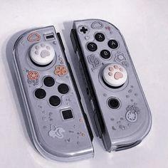 Kawaii Games, Nintendo Switch Animal Crossing, Nintendo Switch Case, Nintendo Switch Accessories, Otaku Room, Accessoires Iphone, Gaming Room Setup, Kawaii Room, Game Room Design