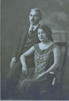 Marika and Kwstas (Gus) Papagkikas. The famous Greek singer in New York before the fall of her carieer, before the black Tuesday. New York 1925 Before The Fall, Old World, My Dream, My Books, Singer, Culture, Fantasy, Statue, Plays