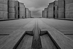 Architect: Louis Kahn (1965) Location: San DIego (La Jolla), CA  A dark, grey day on the bluff...
