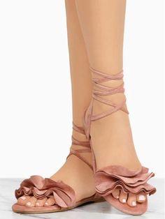 2894208a897 Pretty Women Flower Bandage Low-heel Sandals Shoes – chicboho Low Heel  Sandals