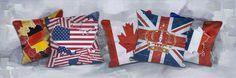 Trendykunst presenteert dit prachtige schilderij van kussens met een print van nationale vlaggen van diverse landen.  Canvas print en 30% met de hand geschilderd