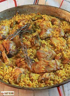 Paella de conejo y alcachofas. Receta Chicken Paella, Seafood Paella, Avocado Recipes, Rice Recipes, Great Recipes, Best Paella Recipe, Valenciana Recipe, Couscous, Spanish Dishes