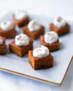 Pumpkin Pie Bites: Pumpkin is my favorite fall flavor... pumpkin pie, pumpkin spice lattes, anything pumpkin. Will be making these this fall