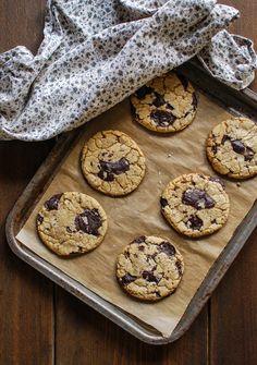 Katiecakes: Kick Ass Chocolate Chunk Cookies