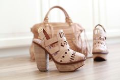 want want want #heels  #neutral