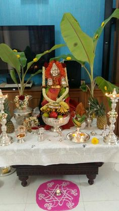 Varalakshmi Vratham 2019 honours the most popular Goddess Maha Lakshmi. Varalakshmi Puja or homam on this day means abundant wealth is sure to come your way. Diwali Decorations, Festival Decorations, House Decorations, Ganpati Decoration Design, Silver Pooja Items, Pooja Room Door Design, Puja Room, Simple Rangoli, Silver Gifts