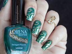 Pond nails com esmalte Lorena Verde