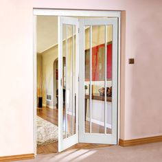 Freefold White Worcester Style Folding 2 Door Set with Clear Glass, Height 2090mm, Width 1278mm. #whitefoldingdoors #internalwhitefoldingdoors #whitdoors