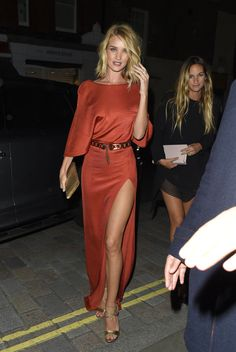 Rosie Huntington-Whiteley's Cushnie et Ochs dress. See 5 other celebrities whose late spring style killed it.