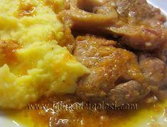 """Gli ossibuchi in umido sono un tipico piatto del Nord Italia, particolarmente diffuso in Lombardia.""""Prosegui la lettura ..."""""""