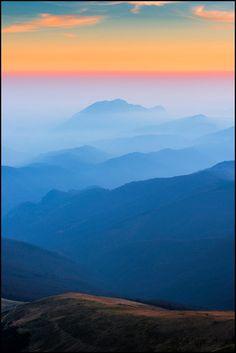 "Zsolt Kiss ""Into the nowhere"" (Godeanu mountains, november Romania) www. Dawn And Dusk, Mountain Hiking, November 2013, Trekking, Sunrise, Kiss, Mountains, Nature, Travel"
