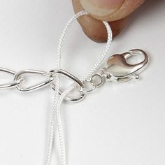 A Bracelet with a crocheted Border - Creative ideas Bracelet Crafts, Crochet Bracelet, Cord Bracelets, Wire Jewelry, Jewelery, Handmade Jewelry, Unique Jewelry, Herringbone Stitch Tutorial, Crochet Ripple Blanket