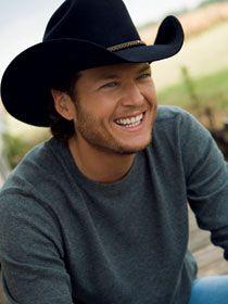 Blake Shelton - country hotness!