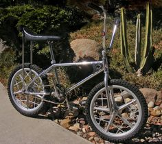 1980 Diamond Back Senior Pro Bicycle Store, Old Bicycle, Old Bikes, Mountain Bike Shop, Antique Bicycles, Stunt Bike, Bmx Racing, Old School Toys, Bike Design