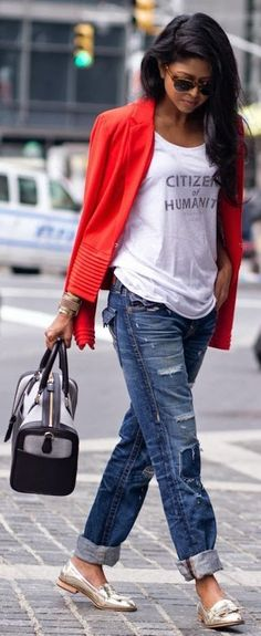 fashionable outfit_red cardi + printed t-shirt + bag + rips + golden loafers