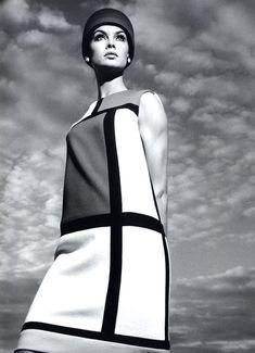 #YvesSaintLaurent #JeanShrimpton #Mondrian #Dress #60s