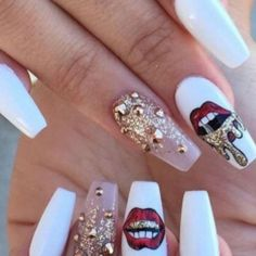 Adorable You can't go wrong with white nails and an accent in your favorite color! Try it out with nail polish The post You can't go wrong with white nails and an accent in your favorite color! Tr… appeared first on Nails . Gorgeous Nails, Pretty Nails, Perfect Nails, Stone Nail Art, Gold Nail Art, White Gold Nails, Long White Nails, Pop Art Nails, Hot Nails