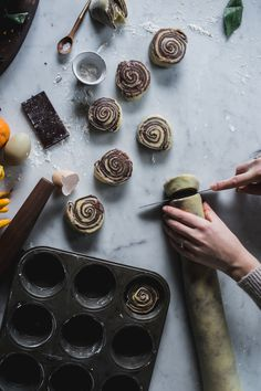 Citrus & Chocolate Brioche Buns — Adventures in Cooking http://adventuresincooking.com/2016/01/citrus-chocolate-brioche-buns.html