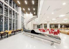 En Corée du Sud, un toboggan dans une bibliothèque universitaire - @concept du…