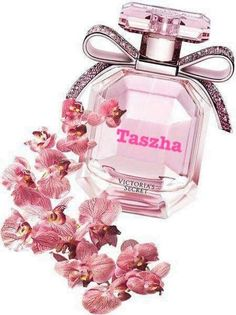 The perfect way to add a pop of fashion (show) to your fragrance wardrobe. Fragrance Consists of: Floral, Glittering bloom, Sheer musk. Tease Rebel 250 ml: Refreshing mist for a hint of fragrance. Perfume Scents, Perfume And Cologne, Best Perfume, Perfume Bottles, Maquillage On Fleek, Perfume Good Girl, Perfume Zara, Perfume Display, Victoria Secret Perfume