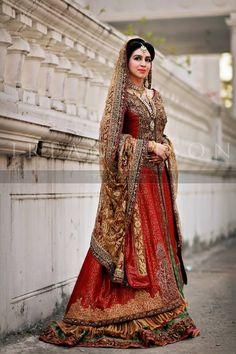 Pakistani Bridal Wear | Photo by Irfan Ahson