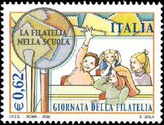 Giornata della filatelia - Scolari festanti - 2002. Pag. 58.