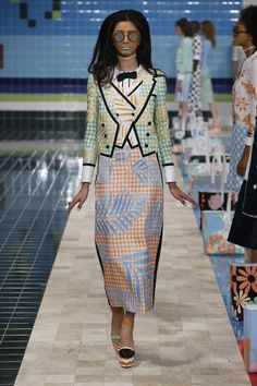 FROM THOM BROWNE OFFICIAL WEBSITE: RUNWAY WOMENS S/S17 LOOK 10