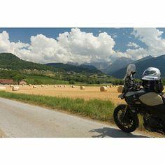 #fb #motor #Suzuki #V-Strom #MySuzuki #motorbike #motorfiets #travelling #Moto73 #travelblog  #reizen #reisjournalist #travelwriter #willemlaros.nl #switzerland