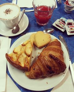 Tè verde e pasticcini: { It'sBreakfastTime } - Settembre