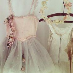 tutus and vintage millinery Vintage Prom, Vintage Gowns, Vintage Lace, Vintage Dress, Diesel Punk, Flower Girl Dresses, Prom Dresses, Wedding Dresses, Cyberpunk